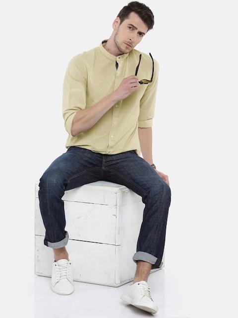 Arrow Sport Men Beige Snug Slim Fit Solid Casual Shirt