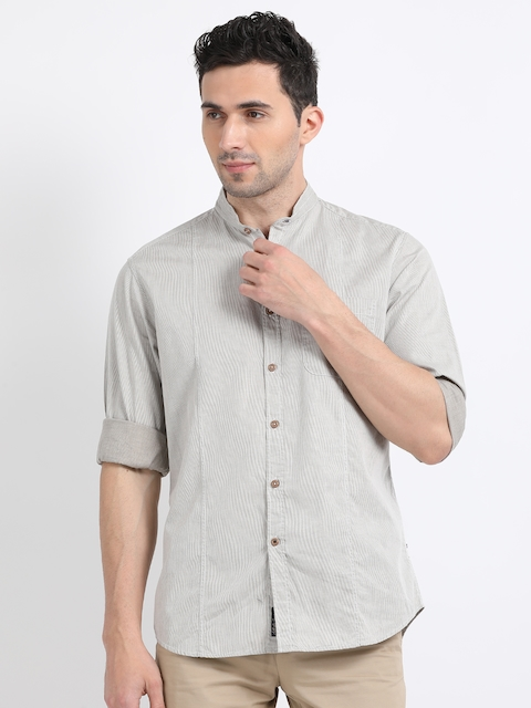 Indian Terrain Men Beige Regular Fit Striped Casual Shirt