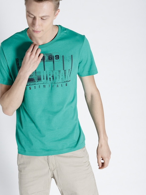 s.Oliver Men Green Printed Round Neck T-shirt