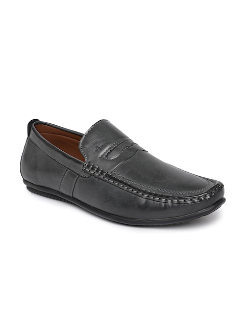 Arrow Men Grey Solid Loafers