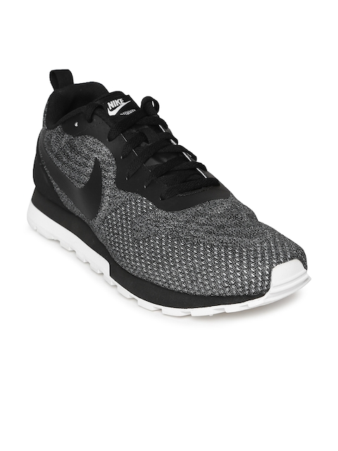 Nike Men Black & White MD RUNNER 2 ENG MESH Running Shoes