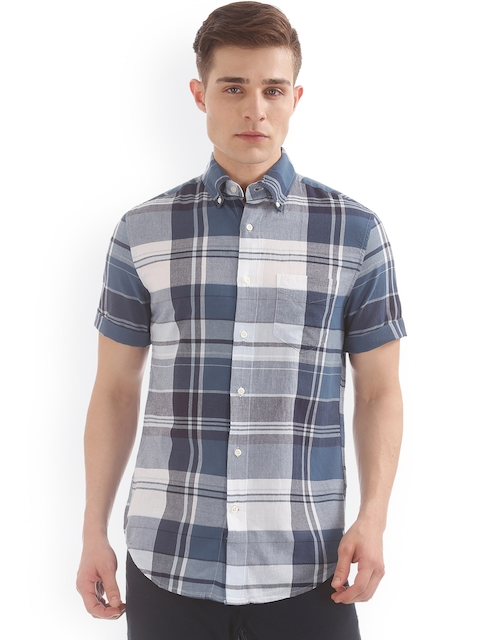 GANT Men Blue & White Regular Fit Checked Casual Shirt