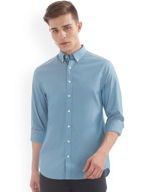 GANT Men Blue Solid Casual Shirt