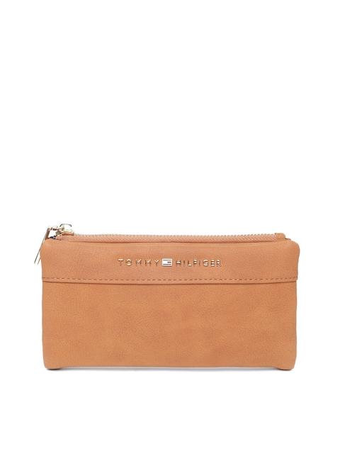 Tommy Hilfiger Women Tan Leather Two Fold Wallet