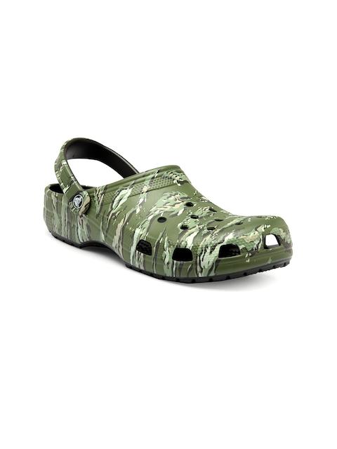 Crocs Men Green Classic Graphic Clogs