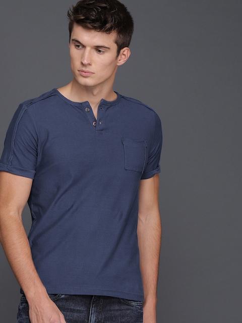 WROGN Men Blue Solid Slim Fit Round Neck T-shirt