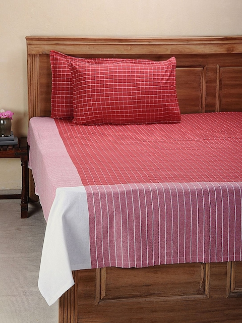 NEUDIS Red Hand Woven Cotton Double Bed Cover with 2 Pillow Covers