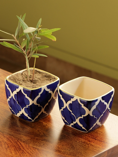 ExclusiveLane Set of 2 Moroccan Roots Handpainted Planters