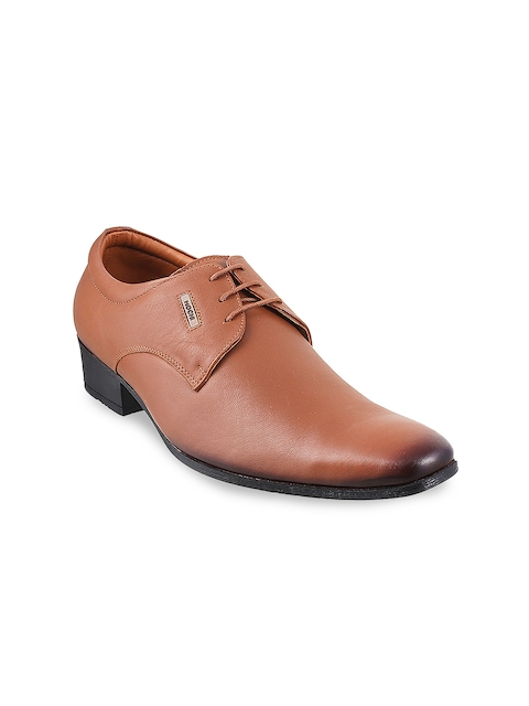 Mochi Men Tan Solid Leather Derbys