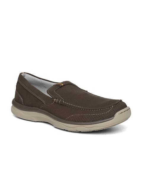 Clarks Men Brown Slip-On Sneakers