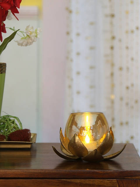 Athome by Nilkamal Gold-Toned Floral Round Shaped Candle Holder
