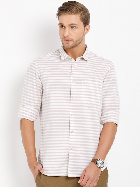 Indian Terrain Men Beige & White Regular Fit Striped Casual Shirt