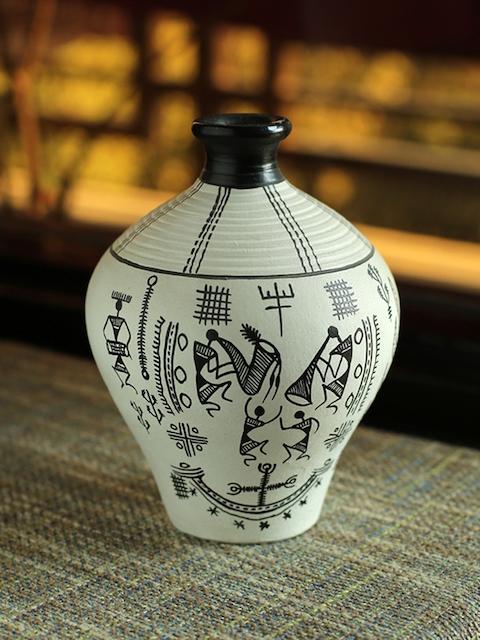 ExclusiveLane White & Black Madhubani Handapinted Terracotta Vase