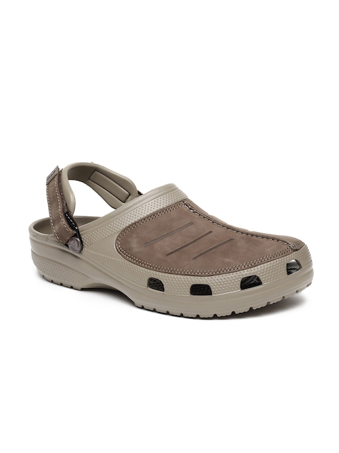 Crocs Men Khaki Solid Slip-On Clogs