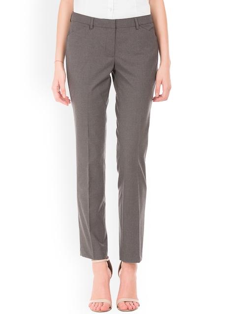 Arrow Woman Women Grey Skinny Fit Solid Formal Trousers