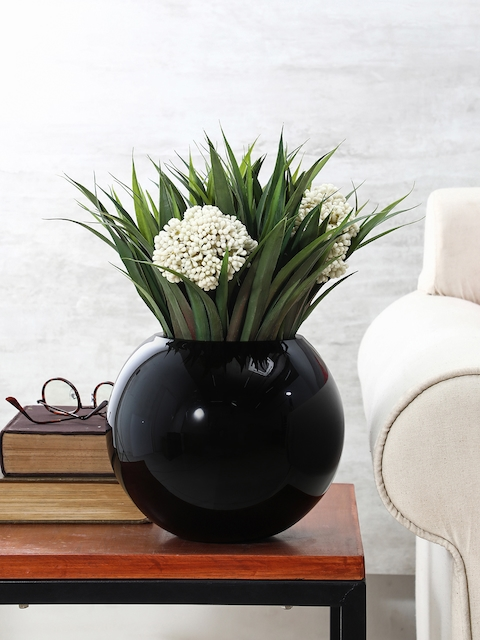 Pure Home and Living Black Round Vase