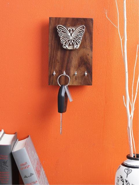 VarEesha Brown Handpainted Wooden Key Holder