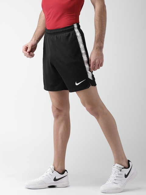 Nike Men Black AS M NK DRY SQD SHORT K 18 Slim Fit Sports shorts