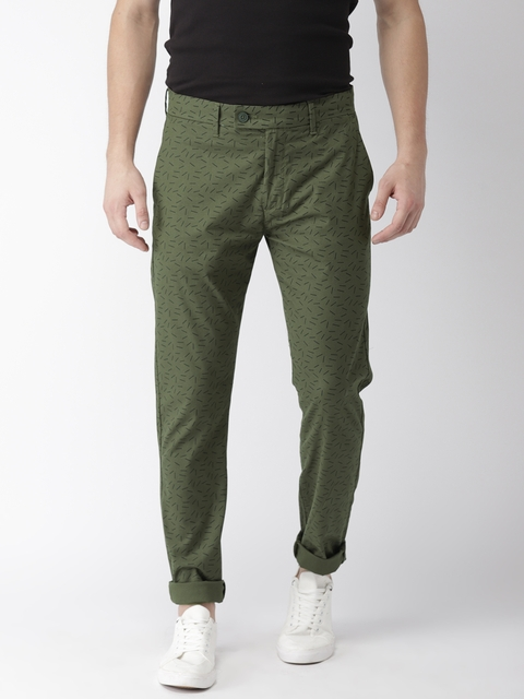 Levis Men Green Tapered Fit Printed Chinos
