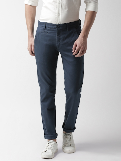Levis Men Blue Slim Fit Solid Trousers 511