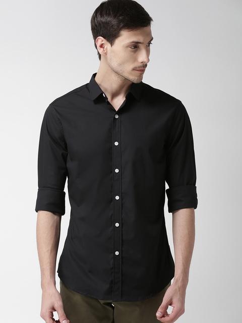 Levis Men Black Trim Slim Fit Solid Casual Shirt