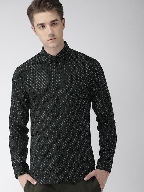 Levis Men Black & White Slim Fit Self Design Casual Shirt