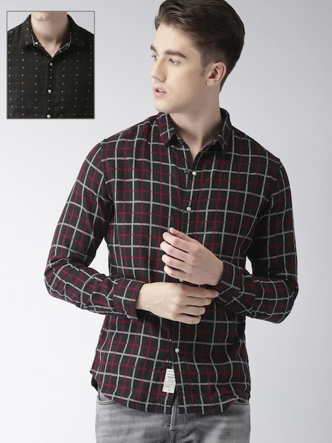 Levis Men Black & Red Regular Fit Checked Casual Reversible Shirt