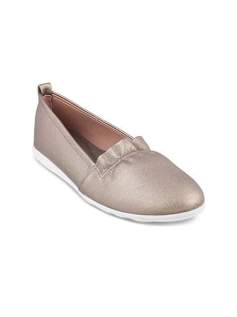 Mochi Women Grey Loafers