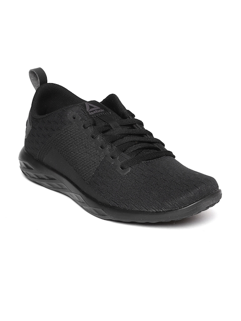 Reebok Men Black Astroride Walking Shoes