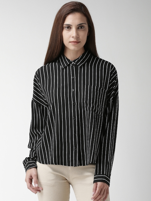 FOREVER 21 Women Black & White Regular Fit Striped Casual Shirt