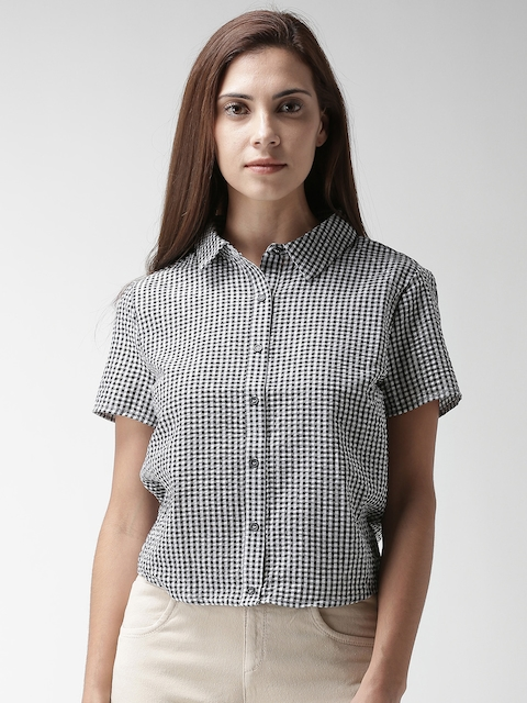 FOREVER 21 Women Black & White Regular Fit Checked Casual Shirt
