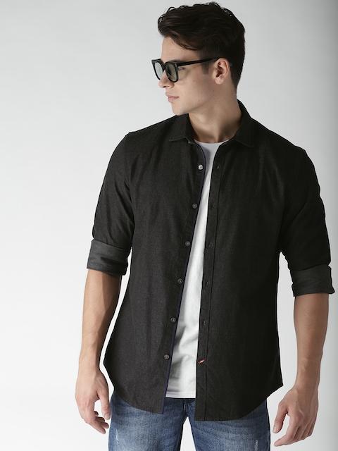 Tommy Hilfiger Men Black Regular Fit Solid Casual Shirt