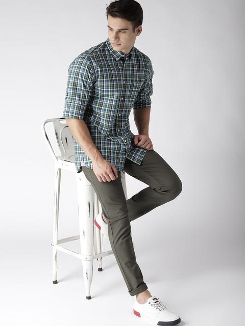 Tommy Hilfiger Men Green & Blue Regular Fit Checked Casual Shirt