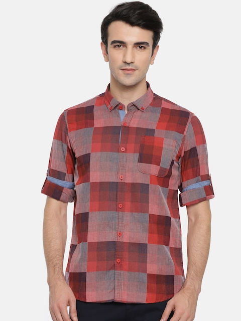 Ruggers Men Red Contemporary Regular Fit Checked Casual Shirt