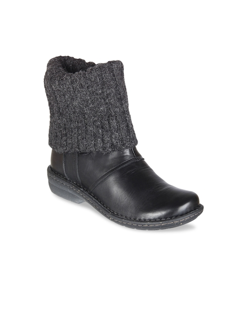 Clarks Women Black Leather Flat Boots