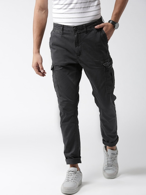 Superdry Men Charcoal Grey Regular Fit Solid Cargos