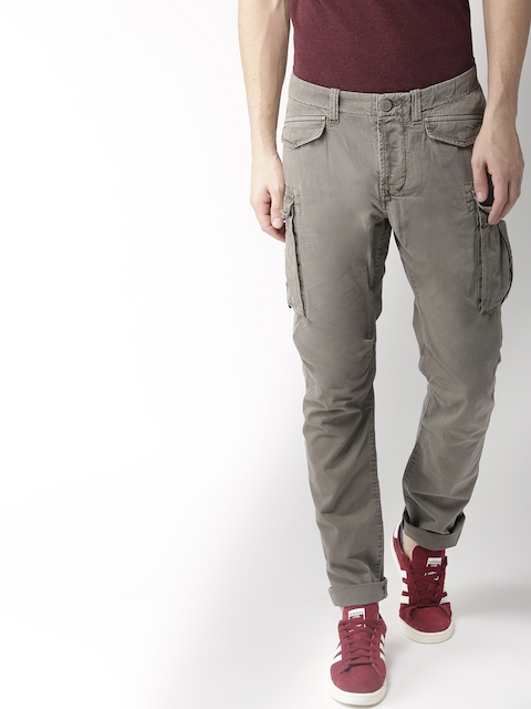 Superdry Men Grey Regular Fit Solid Cargos