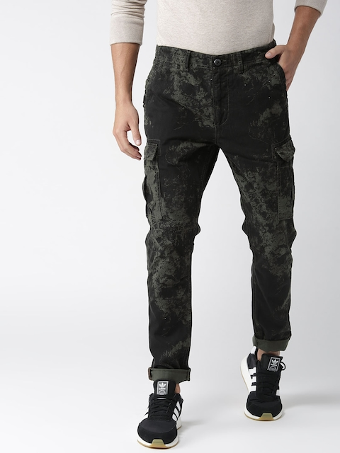 Superdry Men Black & Green Regular Fit Printed Cargo Trousers
