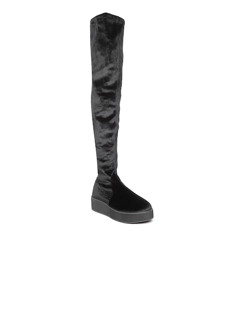 FOREVER 21 Women Black Solid Heeled Boots