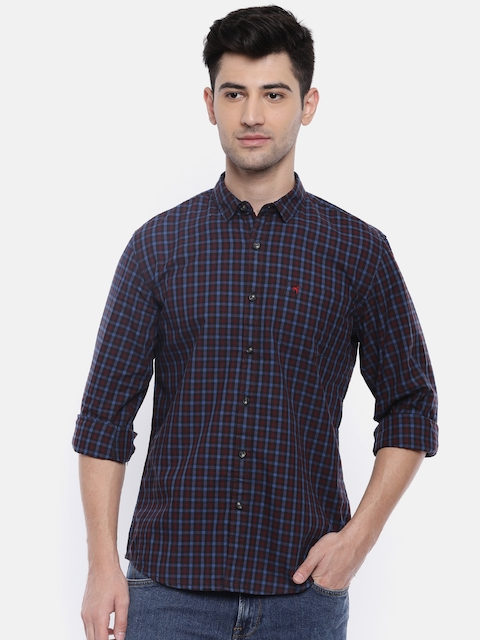 Wrangler Men Black & Burgundy Regular Fit Checked Casual Shirt
