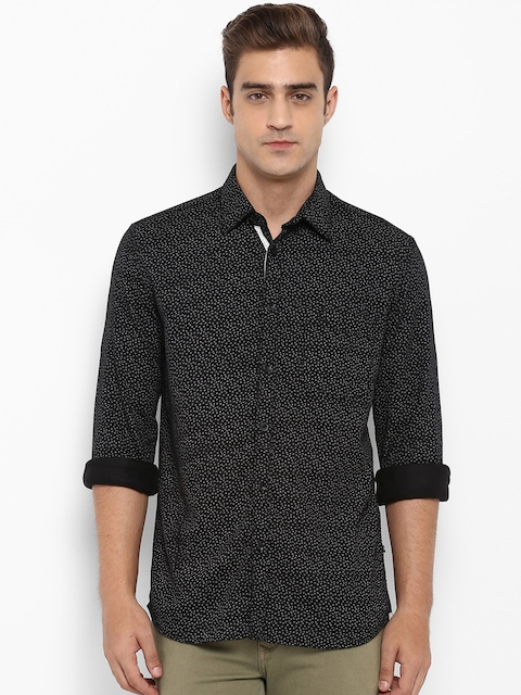 Parx Men Black & Off-White Slim Fit Printed Casual Shirt
