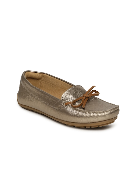 Clarks Women Bronze-Toned Dameo Swing Leather Loafers