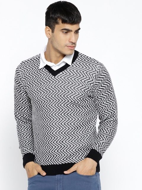 Monte Carlo Men Black & White Self Design Pullover