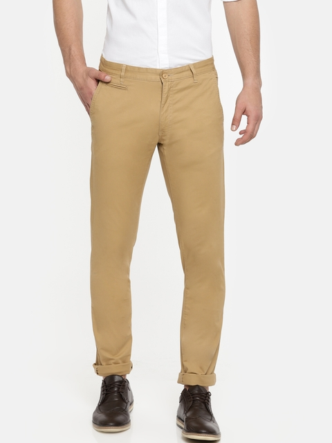 IZOD Men Khaki Slim Fit Solid Chinos