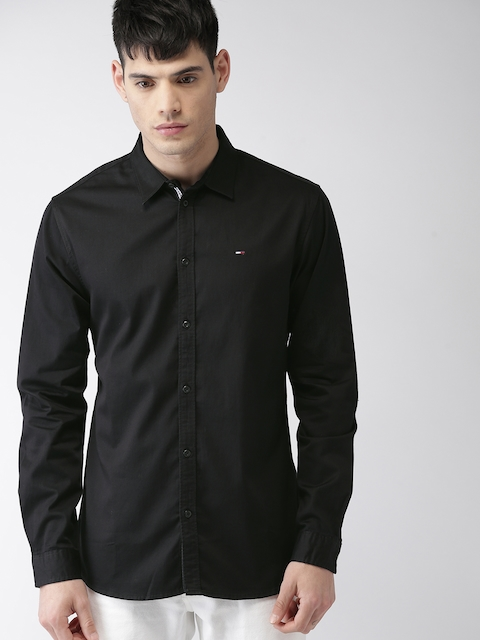 Tommy Hilfiger Men Black Slim Fit Solid Casual Shirt