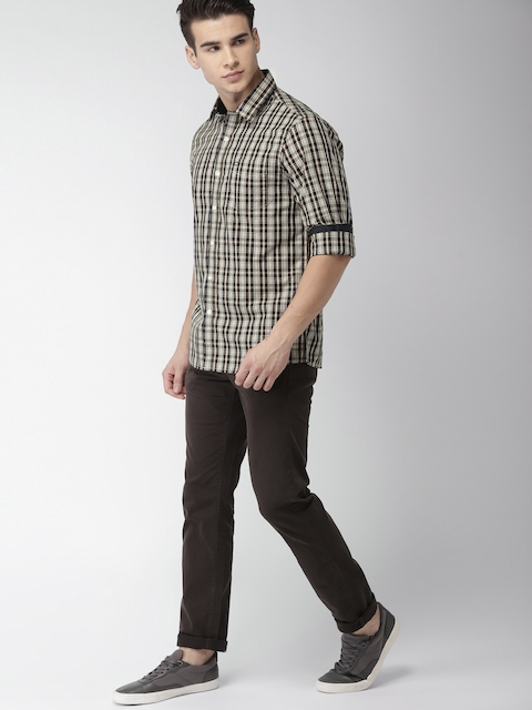 Arrow Sport Men Beige & Navy Blue Slim Fit Checked Casual Shirt
