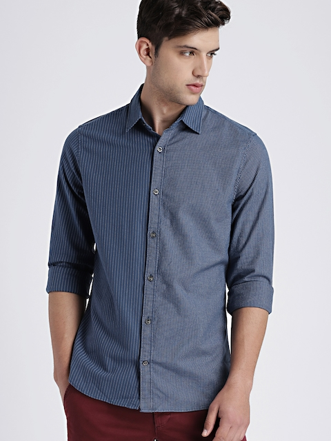 GAP Men Blue Classic Slim Fit Striped Casual Shirt