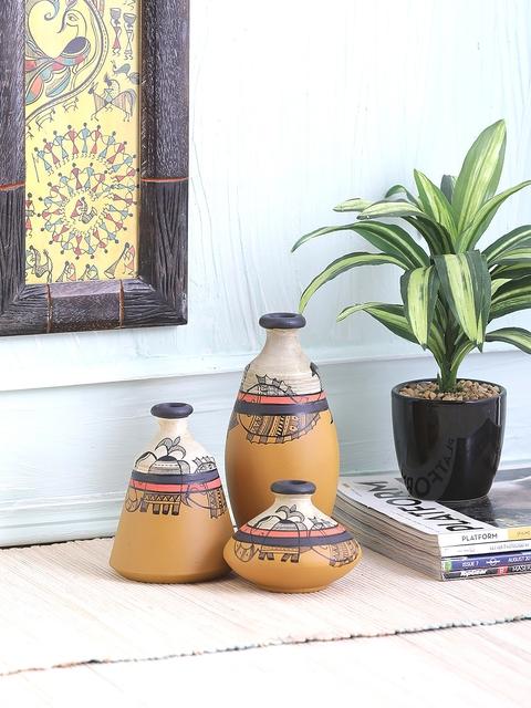 VarEesha Set of 3 Yellow and Off White Terracotta Pots