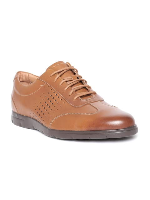 Clarks Men Tan Brown Leather Semiformal Oxfords