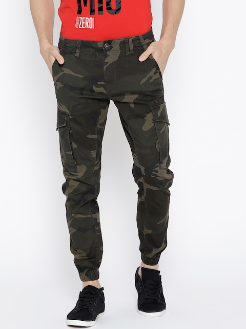 Jack & Jones Men Olive Green Tapered Fit Camouflage Print Joggers